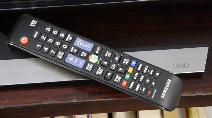 Дистанционно умен телевизор